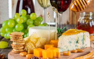 Miel con queso sabe a beso - El Colmenar de Valderromero